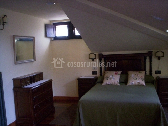 Casa de tercias en san martin de lui a asturias - Techo abuhardillado ...