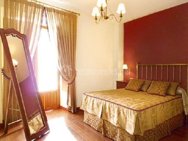 Casa la gurriata en melque de cercos segovia for Espejo de pie dormitorio