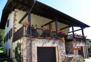 Larraldea - Elizondo, Navarra
