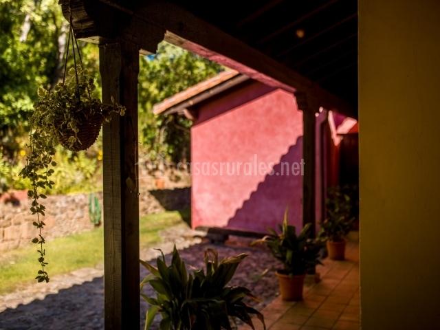 Detalle del porche