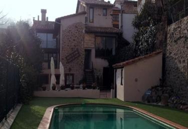 Can Pere Petit - Santa Pau, Girona