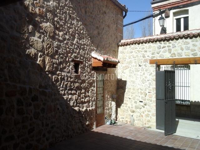 Vistas de los exteriores en piedra