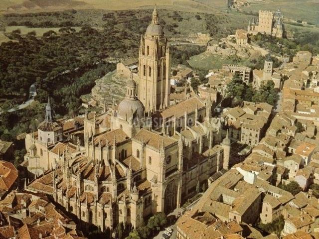 Catedral de Segovia vista desde el aire