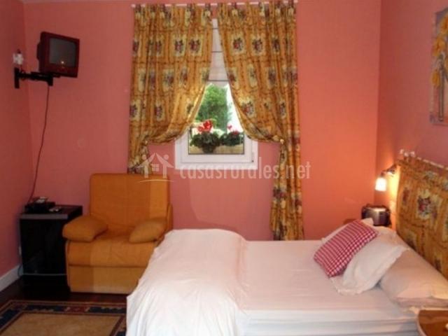 Doble Especial y amplio dormitorio