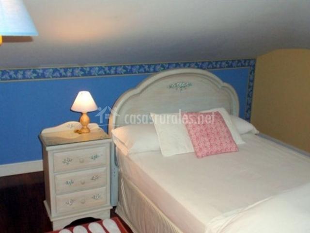 Doble con cama de matrimonio
