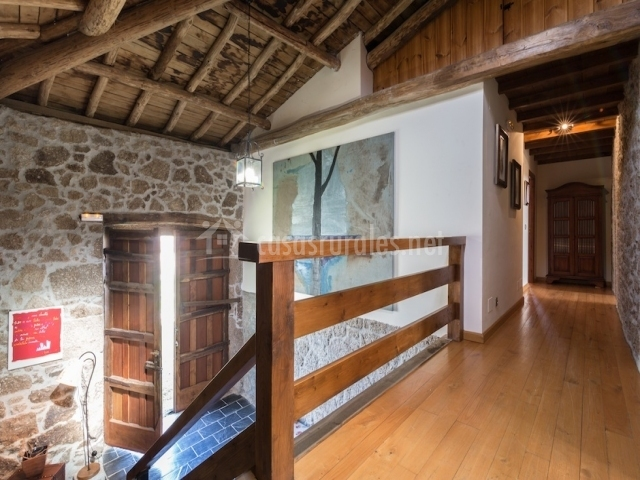 Casa das xacias en chantada santa marina lugo - Techo de madera interior ...