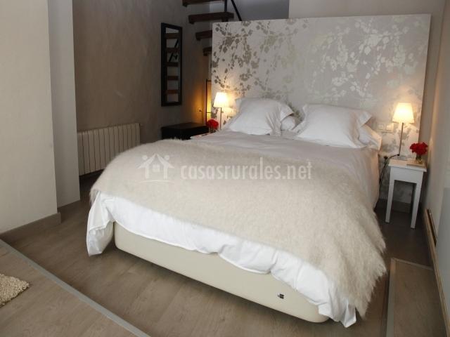 El secanet en algimia de alfara valencia for La cama de matrimonio