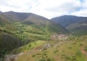 Vistas de Viniegra de Abajo desde la montaña