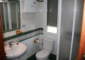 Baño verde casa rural