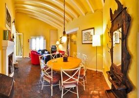 Sala de estar y comedor de la casa rural