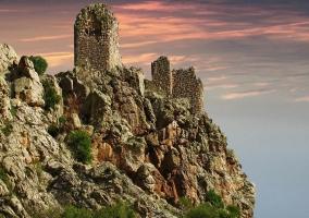 Castillo de las Peñas Negras