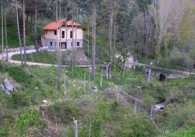 Casa rural de piedra vista