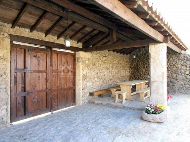 La solana del abuelo en paradinas de san juan salamanca for Porton madera antiguo