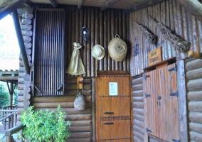 Exterior de la cabaña grande