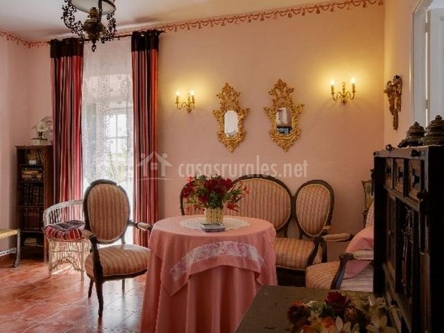 Casa rural cortijo la gabrielina en esparragalejo badajoz - La mesa camilla ...