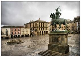 Plaza del mercado en Trujillo