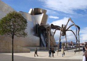 Bilbao y la araña del Museo
