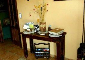 Detalle mueble y revistero