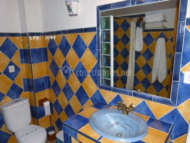 Molino del camino i casas rurales en moratalla murcia - Azulejos azules para bano ...