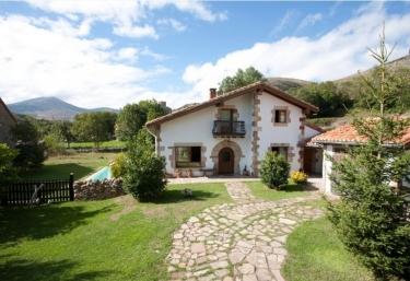 Vivienda rural La Ceña - Argüeso, Cantabria