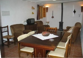 El Abejorro - Alcala Del Jucar, Albacete