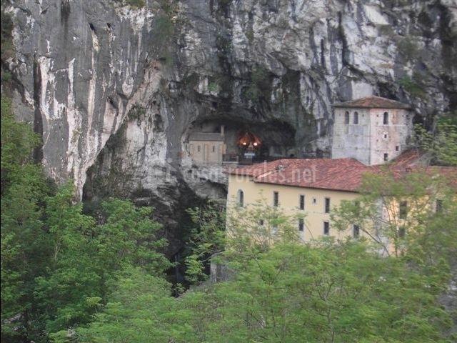 Zona de la Cueva de Covadonga