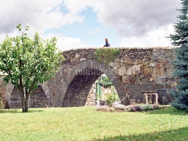 Puente Romano Matrimonio : Era marina en vega de espinareda león