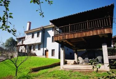 La Pumariega - Caces, Asturias