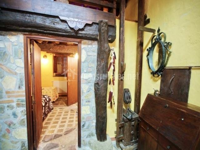 Decorativos con herramientas antiguas