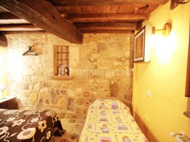 Dormitorio junto a sala de ocio
