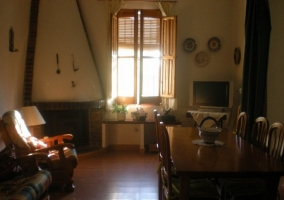 Sofa con armario del salon