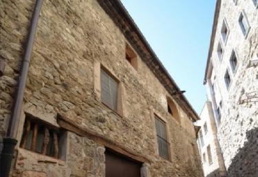 Can Fruitós - Besalu, Girona
