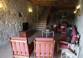 Sala de estar en piedra