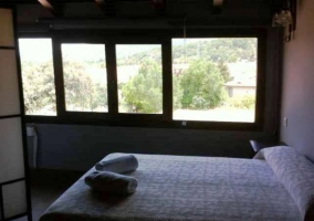 Casa con ventanal dormitorio doble