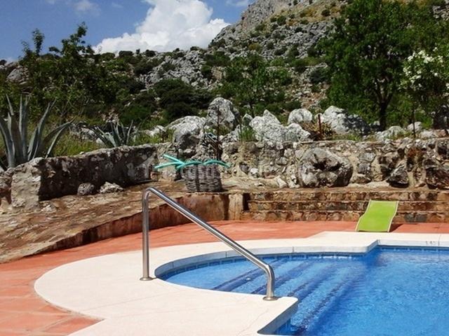 Escaleras de la piscina