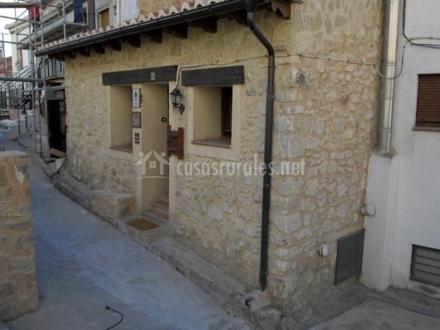 Fachada de entrada a la Casa Rural