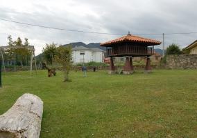jardín de atrás