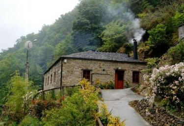 Casas Teixois- El Mazo - Taramundi, Asturias