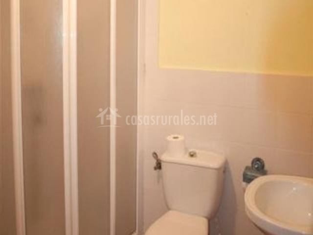 El pajar en alcala del jucar albacete - Cuarto de bano con ducha ...