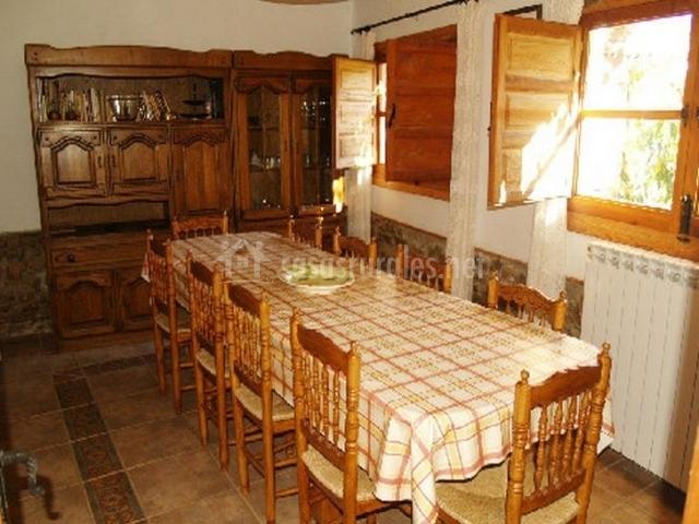 Casa el molino en tobed zaragoza for Muebles escribano calatayud