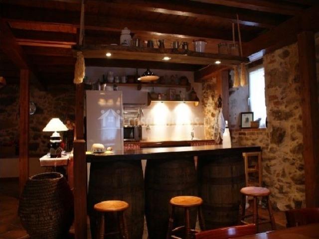 Casa rural alto santiago en santiago del collado vila - Taburetes barra cocina ...