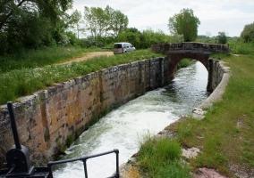 Esclusa del canal de Castilla