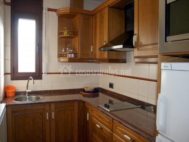 Apartaments les picardes en espot lleida for Cocinas en ele