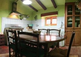 Sala de estar tras la cocina