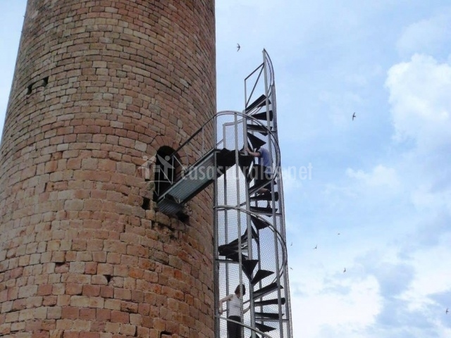 Escaleras de la Torre Manresana