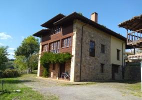La Casona - Iris de Paz - Cereceda (Villamayor), Asturias