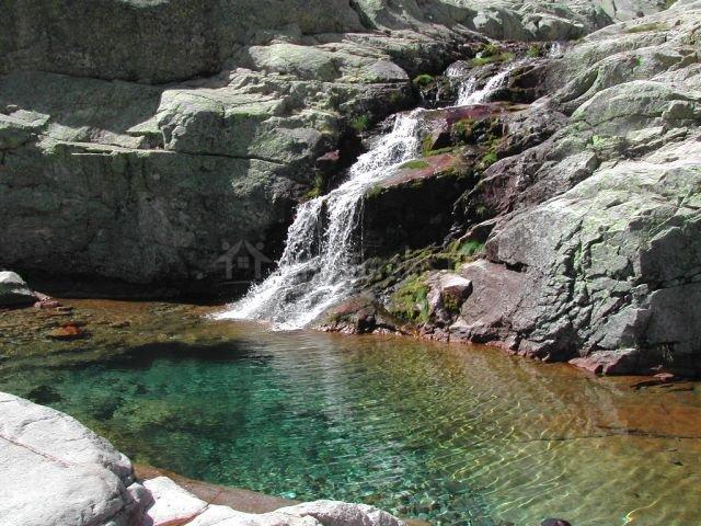 Ba os de montemayor piscinas naturales idea de la imagen for Piscinas naturales hervas
