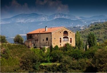 Mas d en Bosch - La Baronia De Rialb, Lleida