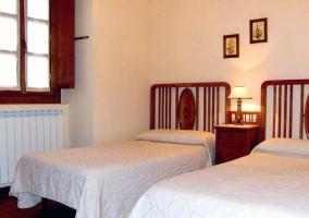 habitacion doble con camas granfes