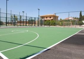 Pistas de fútbol y tenis
